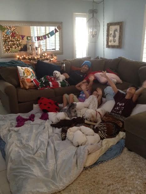 Does Family blog naked for